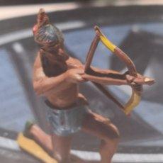 Figuras de Goma y PVC: FIGURA DE GOMA DE UN INDIO DESMONTABLE DE LA MARCA GAMA - AÑOS 50. Lote 161238482