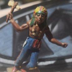 Figuras de Goma y PVC: FIGURA DE GOMA DE UN INDIO DESMONTABLE DE LA MARCA GAMA - AÑOS 50. Lote 161239042