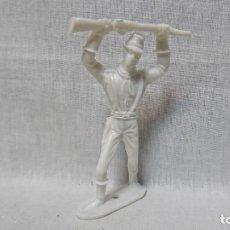 Figuras de Goma y PVC: VAQUERO, SOLDADO COMANSI, 7,5 CM DE ALTURA . Lote 161713762