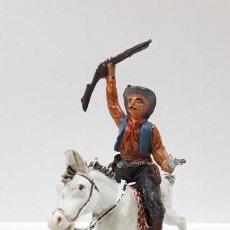 Figuras de Goma y PVC: VAQUERO - COWBOY A CABALLO . REALIZADO POR PECH . AÑOS 50 EN GOMA. Lote 161713846