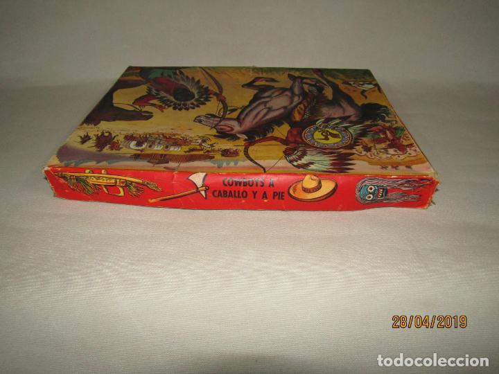 Figuras de Goma y PVC: Antigua Caja COWBOYS A CABALLO Y A PIE de COMANSI Primerísima Serie en Plástico Pintado - Foto 9 - 161721766