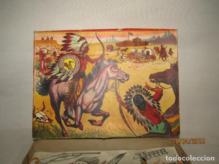 Figuras de Goma y PVC: Antigua Caja COWBOYS A CABALLO Y A PIE de COMANSI Primerísima Serie en Plástico Pintado - Foto 12 - 161721766