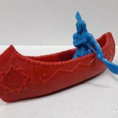 Figuras de Goma y PVC: CANOA INDIA CON REMERO INDIO . REALIZADO POR REAMSA . EN PLASTICO MONOCOLOR. Lote 161788470