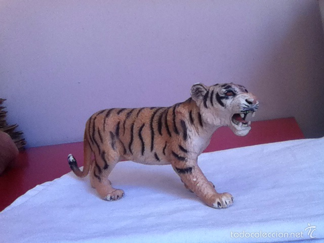 TIGRE PVC ( BULLY) 18 X 7 CM (Juguetes - Figuras de Goma y Pvc - Bully)