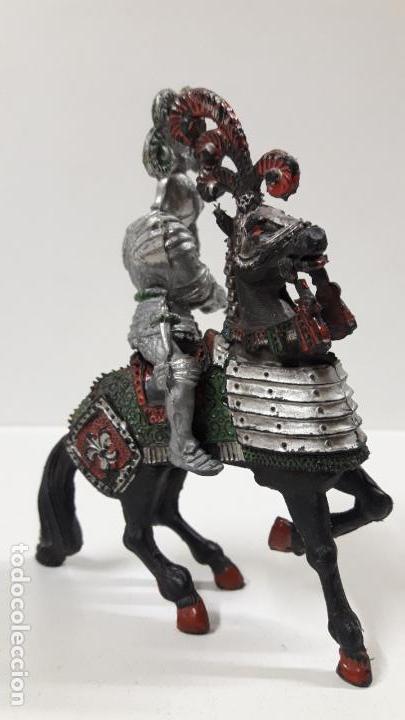 Figuras de Goma y PVC: GUERRERO MEDIEVAL A CABALLO . REALIZADO POR LAFREDO . AÑOS 60 . SERIE GRANDE - Foto 2 - 161862494