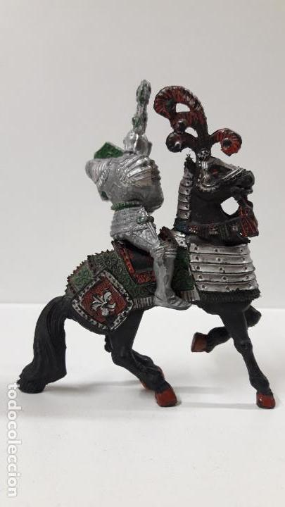 Figuras de Goma y PVC: GUERRERO MEDIEVAL A CABALLO . REALIZADO POR LAFREDO . AÑOS 60 . SERIE GRANDE - Foto 6 - 161862494