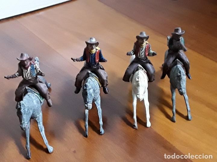 Figuras de Goma y PVC: VAQUERO CON CABALLO DEL OESTE GOMA HERMANOS PECH AÑOS 50 - Foto 2 - 162398478
