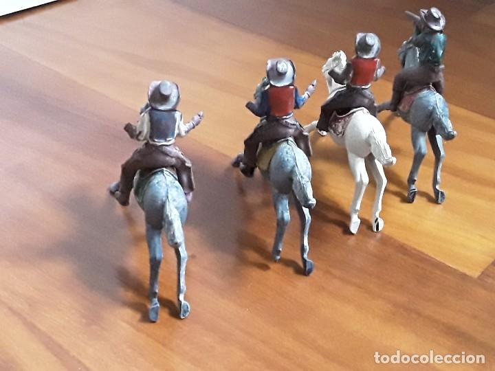 Figuras de Goma y PVC: VAQUERO CON CABALLO DEL OESTE GOMA HERMANOS PECH AÑOS 50 - Foto 3 - 162398478