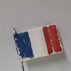Figuras de Goma y PVC: BANDERA FRANCESA . REALIZADA POR PECH . AÑOS 60. Lote 162561538