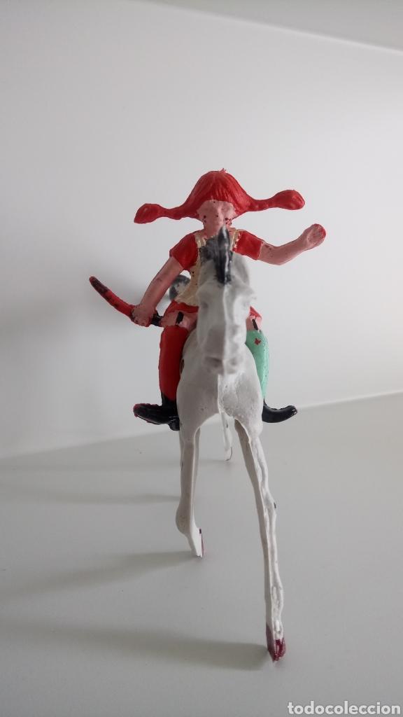 Figuras de Goma y PVC: PIPPI CALZASLARGAS Y PEQUEÑO TÍO. LAFREDO AÑOS 70. - Foto 2 - 162913229
