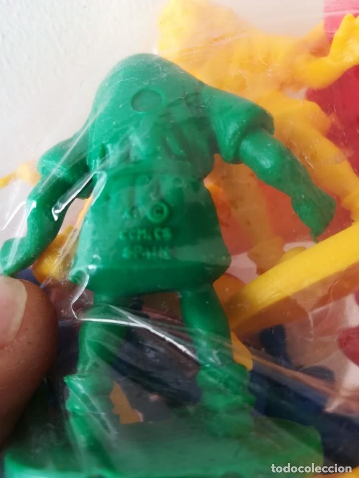 Figuras de Goma y PVC: Bolsa sin abrir 20 figuras El jorobado de notre dame años 90 COMICS SPAIN - Foto 13 - 162982833
