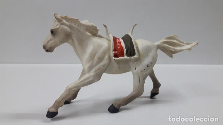 Figuras de Goma y PVC: CABALLO . REALIZADO POR PAPO . 1999 - Foto 2 - 163316734