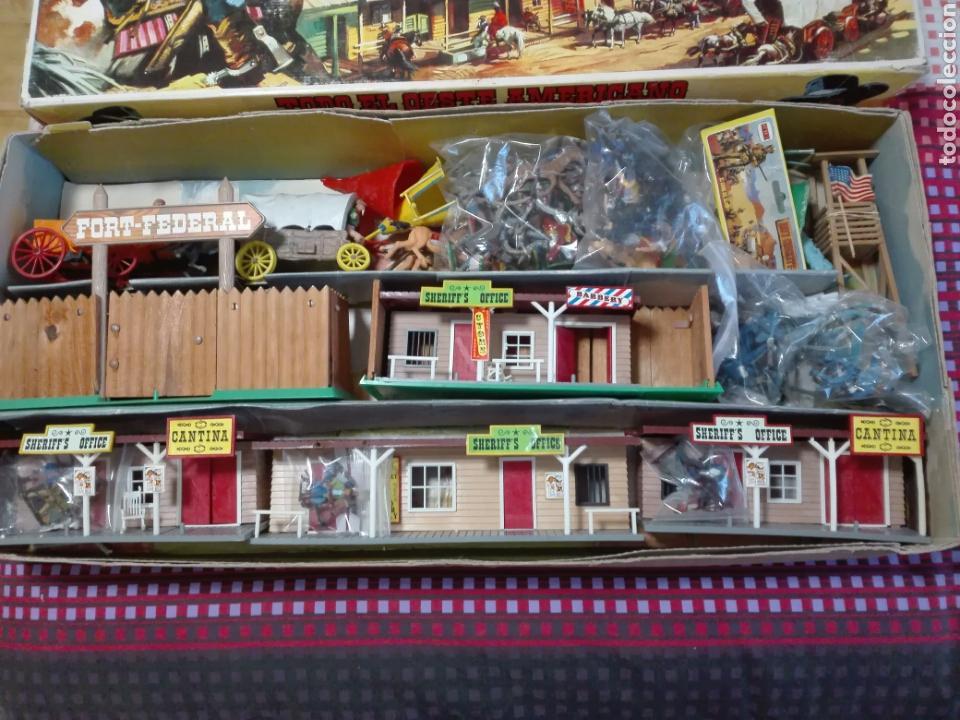 Figuras de Goma y PVC: Caja Todo El oeste Americano Comansi referencia 222 - Foto 2 - 163543568