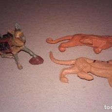Figuras de Goma y PVC: PERRO ALEMAN (NAZI) + 2 FELINOS. Lote 163554558