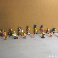 Figuras Kinder: LOTE 15 FIGURAS PVC HUEVO KINDER SIMPSON. Lote 163700662
