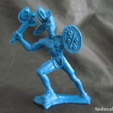 Figuras de Goma y PVC: INDIO CON HACHA Y ESCUDO MONOCOLOR SIN PINTAR LAFREDO 8 CM VER FOTOS. Lote 163723990