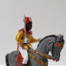 Figuras de Goma y PVC: SOLDADO A CABALLO DE LA GUARDIA MORA . REALIZADO POR PECH . AÑOS 50 EN GOMA. Lote 163808454