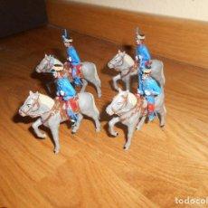 Figuras de Goma y PVC: 4 SOLDADOS DE LA GUARDIA REAL DE ALFONSO XIII A CABALLO DE GOMARSA REAMSA EN PLÁSTICO. AÑOS 70. Lote 164114294