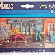 Figuras de Goma y PVC: STARLUX FRANCIA - PACK 6 FIGURAS PINTADAS A MANO DE 35 MM - ESCALA 1/50 / EN PLÁSTICO. Lote 164123014