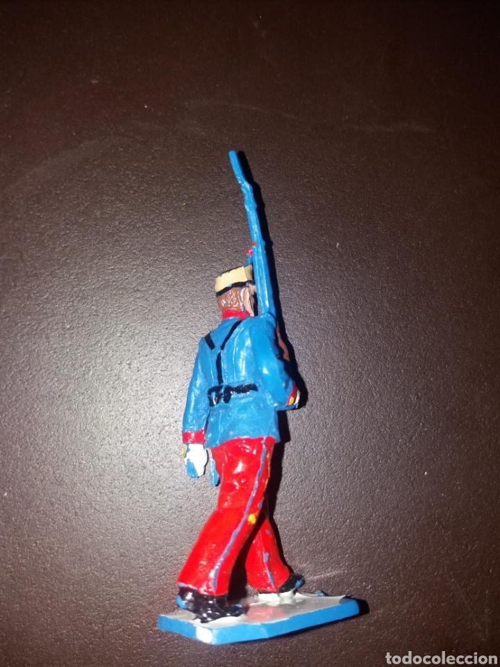 Figuras de Goma y PVC: soldado guardia real alfonso XIII - Foto 3 - 164895961