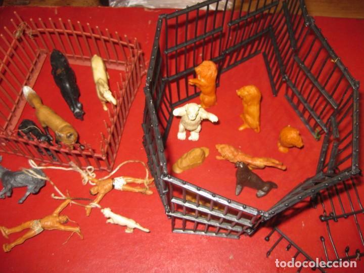 FIGURAS CIRCO JECSAN JAULA VALLADO OSO TRAPECISTAS LEON PERRO FOCA ANIMALES ASNO LOBO (Juguetes - Figuras de Goma y Pvc - Jecsan)
