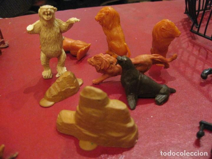 Figuras de Goma y PVC: figuras circo jecsan jaula vallado oso trapecistas leon perro foca animales asno lobo - Foto 9 - 164979622