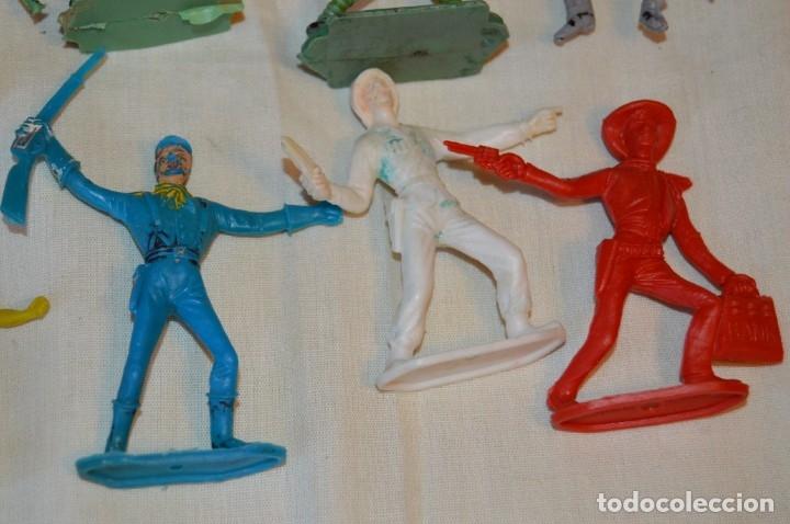 Figuras de Goma y PVC: LOTE DE SOLDADOS y FIGURAS VARIADAS - COMANSI , PECH y OTRAS - MADE IN SPAIN - VINTAGE - ¡MIRA! - Foto 4 - 165229937
