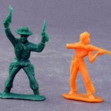 Figuras de Goma y PVC: 4 FIGURAS COMANSI 2 INDIOS VAQUERO Y CABALLO MINI OESTE PLÁSTICO AÑOS 80. Lote 165347294