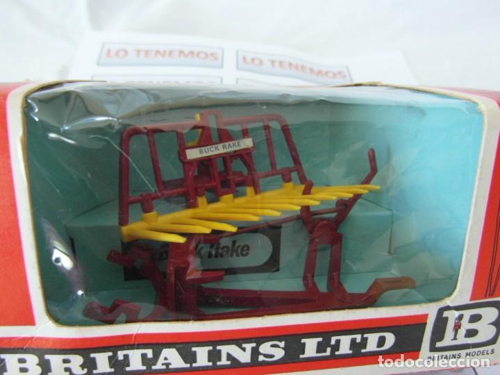 Figuras de Goma y PVC: accesorio para tractor BRITAINS LTD BUCK RAKE - Foto 4 - 165485762