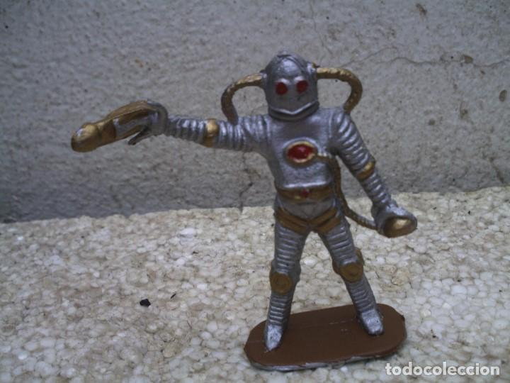 ROBOT DE COMANSI (Juguetes - Figuras de Goma y Pvc - Comansi y Novolinea)