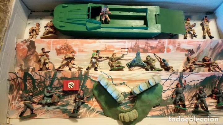 Figuras de Goma y PVC: CAJA DEL DESEMBARCO DE NORMANDÍA DE PECH - Foto 3 - 165585202