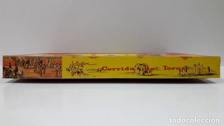 Figuras de Goma y PVC: CAJA ORIGINAL DE TOREROS Y TOROS . REALIZADA POR PECH . AÑOS 60 - Foto 4 - 165709130