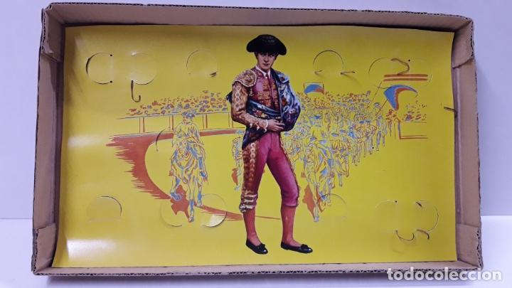 Figuras de Goma y PVC: CAJA ORIGINAL DE TOREROS Y TOROS . REALIZADA POR PECH . AÑOS 60 - Foto 13 - 165709130