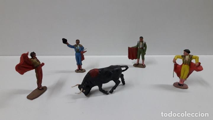 Figuras de Goma y PVC: CAJA ORIGINAL DE TOREROS Y TOROS . REALIZADA POR PECH . AÑOS 60 - Foto 23 - 165709130