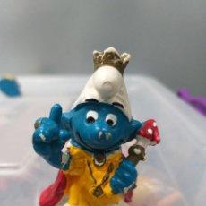 Figuras de Goma y PVC: FIGURA PVC PITUFOS PITUFO REY SCHELICH PEYO. Lote 165810930