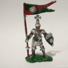 Figuras de Goma y PVC: FIGURA CABALLERO MEDIEVAL LAFREDO. Lote 165898478