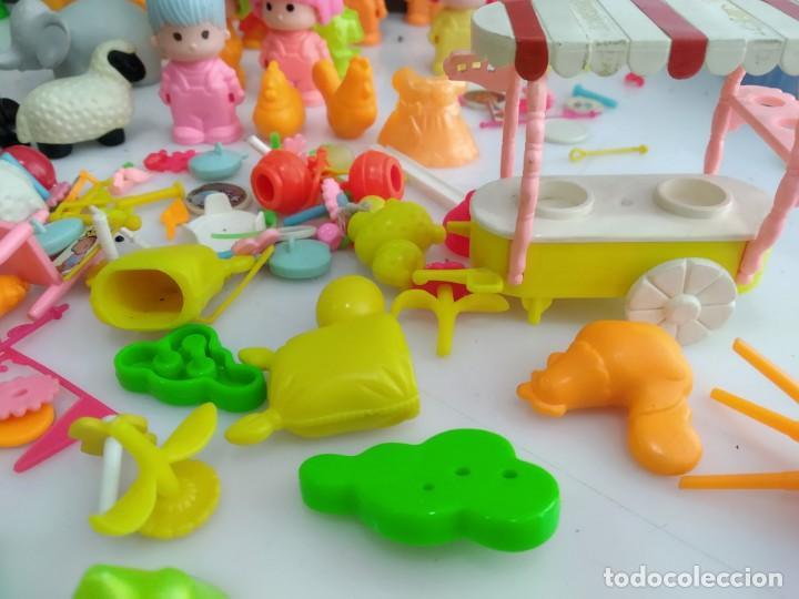 Figuras de Goma y PVC: ANTIGUOS MUÑECOS LOTE DE PIN Y PON DE FAMOSA - Foto 9 - 165940230