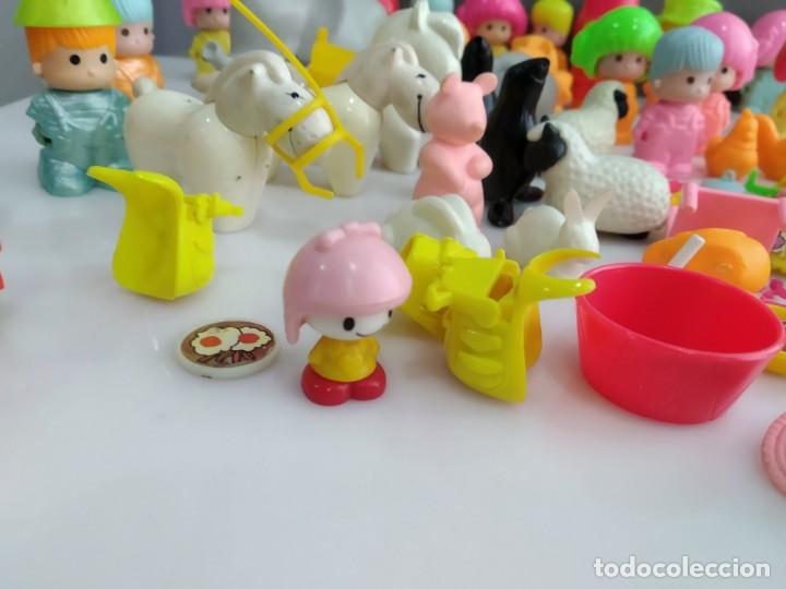 Figuras de Goma y PVC: ANTIGUOS MUÑECOS LOTE DE PIN Y PON DE FAMOSA - Foto 14 - 165940230