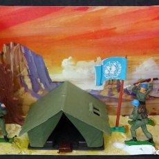 Figuras de Goma y PVC: JECSAN CASCOS AZULES TIENDA DE CAMPAÑA CAJA REF 41. Lote 166145266