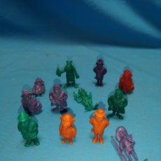 Figuras de Goma y PVC: 12 FIGURAS DUNKIN, LUCKY LUKE. Lote 166374076