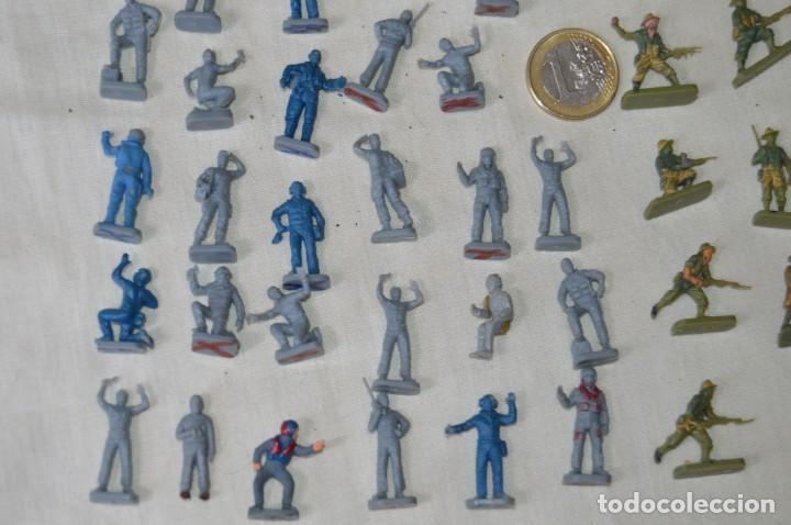 Figuras de Goma y PVC: Sobre 68/70 FIGURAS / MILITARES - Soldados tamaño similar MONTAPLEX - Sin identificar marca Años 60 - Foto 4 - 166515194