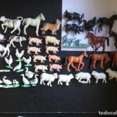 Figuras de Goma y PVC: LOTE BRITAINS ANIMALES GRANJA DIORAMA CERDO VACA CORDERO GALLO PERRO OCA POLLO PAVO CABALLO. PTOY. Lote 79309569