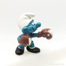 Figuras de Goma y PVC: PITUFO BOXEADOR DE SCHLEICH. Lote 166842554