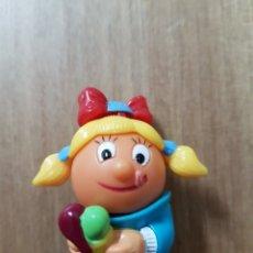 Figuras Kinder: FIGURA KINDER FERRERO ANTIGUA CHICA HELADO MUÑECO MONOBLOC PREMIUM DIFÍCIL ENCONTRAR. Lote 166846910