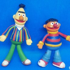 Figuras de Goma y PVC: FIGURAS PVC FLEXIBLES BARRIO SÉSAMO EPI Y BLAS APPLAUSE. Lote 166914145