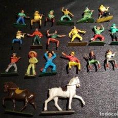 Figuras de Goma y PVC: VAQUEROS - STARLUX. Lote 167063844