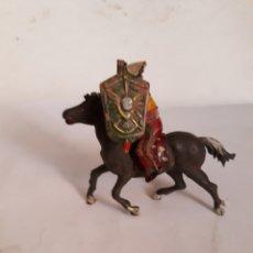 Figuras de Goma y PVC: FIGURA INDIO A CABALLO Y ESCUDO EN GOMA REAMSA,PECH,JECSAN. Lote 167342414