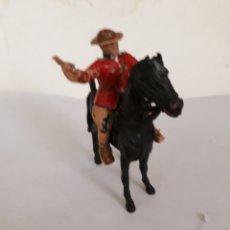 Figuras de Goma y PVC: FIGURA POLICIA MONTADA REAMSA A CABALLO. Lote 167402964