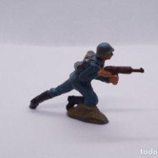 Figuras de Goma y PVC: SOLDADO PECH GOMA. Lote 167762960