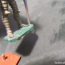 Figuras de Goma y PVC: MUY RARA FIGURA MEDIEVAL REAMSA NÚMERO 266 PIES PEGADOS Y ESCUDO ROTO EN LA PARTE DE ABAJO VER FOTOS. Lote 167961012